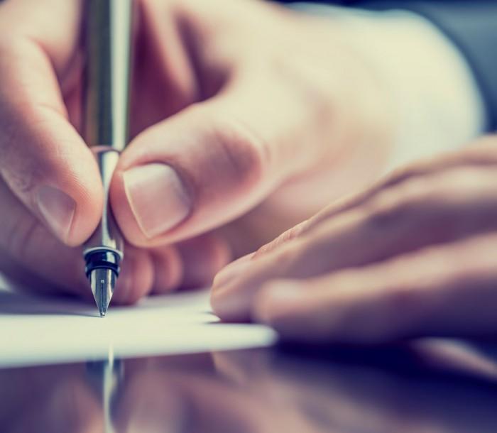 La contratación y la extinción del contrato